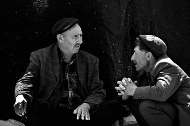 conversation by fotoizzet