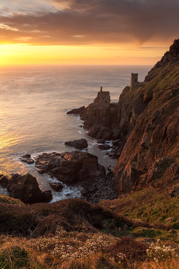 Botalack Mines, Cornwall by JakeSpain