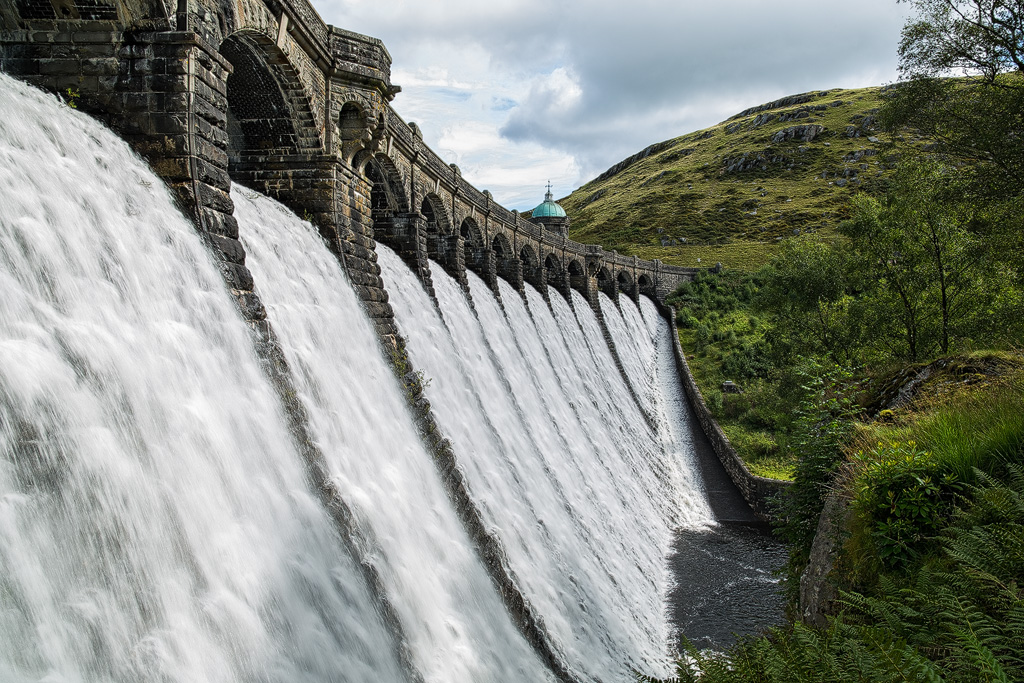 Elan Valley by JakeSpain