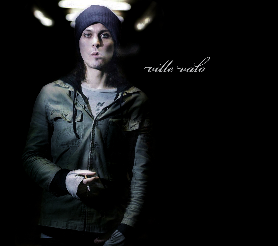 A comparison between apollo and ville valo