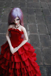 BJD Clothes: Lady in Red