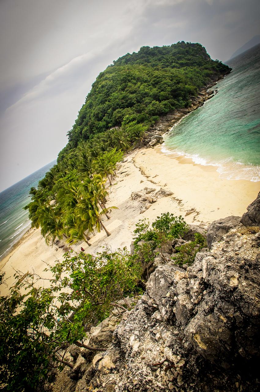 Cabugao Gamay Island by uwatsakodak