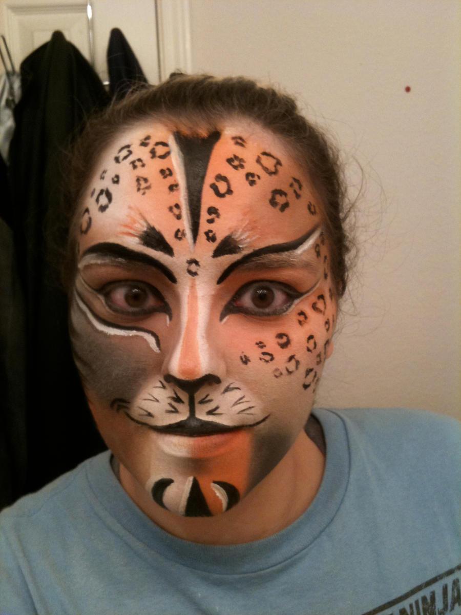 Как сделать кошачий макияж? Примеры. Пошаговая инструкция 46