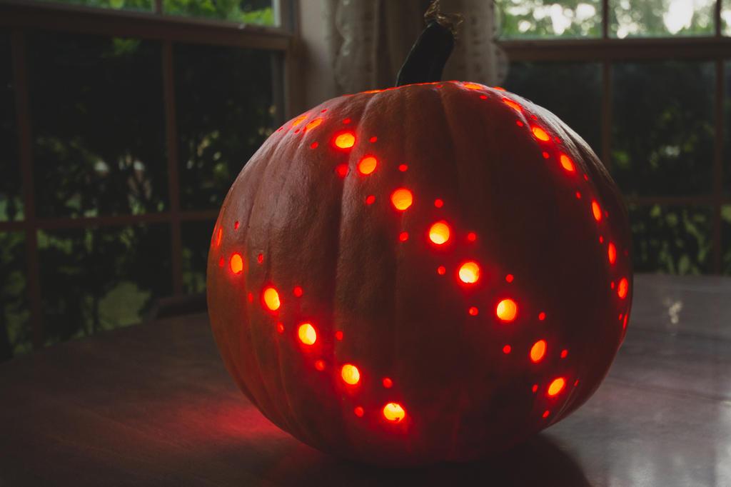 Pumpkin drilling by speedofmyshutter