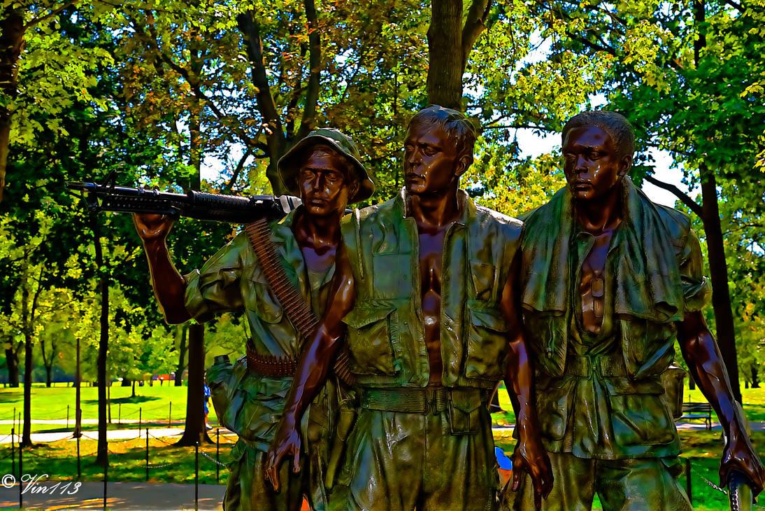 Soldier's Statue At The Viet Nam Memorial
