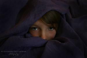 Hiding by GirlWithARedBalloon