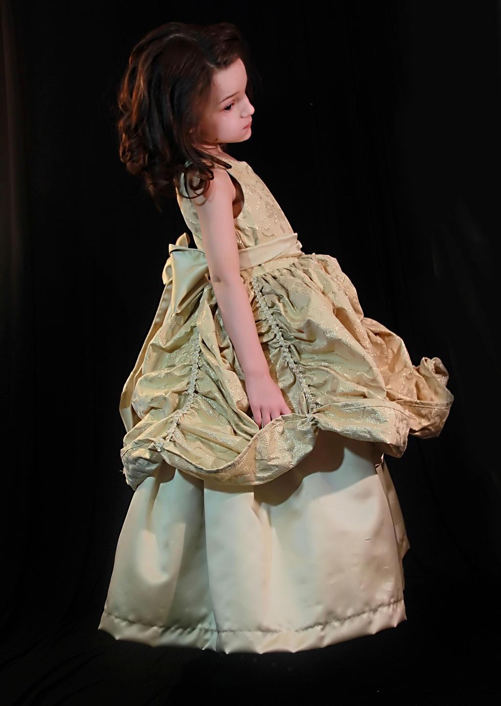 Belle by TwilitesMuse