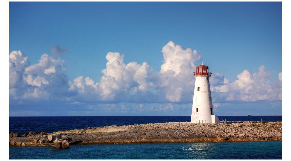 Paradise Lighthouse by shuttermonkey
