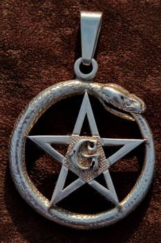 'Ouroboros'  masonic pendant