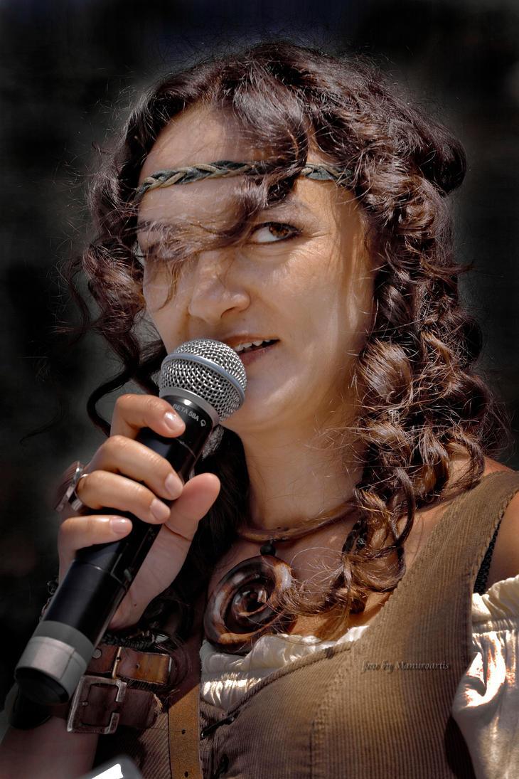 Presenter by manuroartis