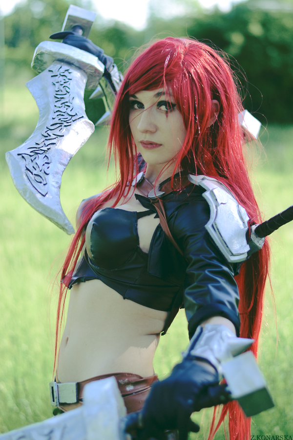 Katarina LoL Cosplay by Hikarux33