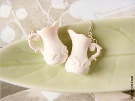 Two pretty Creamer Earrings by allim-lip