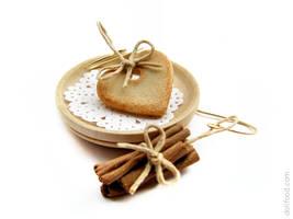 Christmas cookies and Cinnamon Earrings by allim-lip