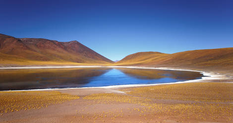 Laguna Miniques, Chile by younghappy