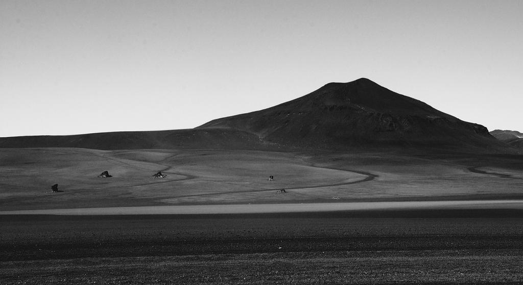 Valle de Dali by younghappy