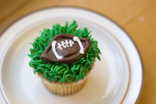 Football Cupcake by theshaggyturtle