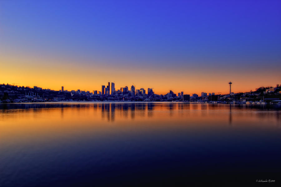 The Glow of the City by UrbanRural-Photo