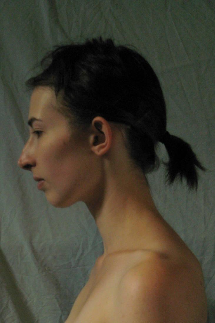 Face left profile