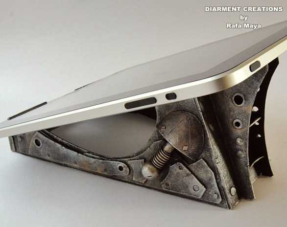 Steampunk Stand for tablet by Diarment