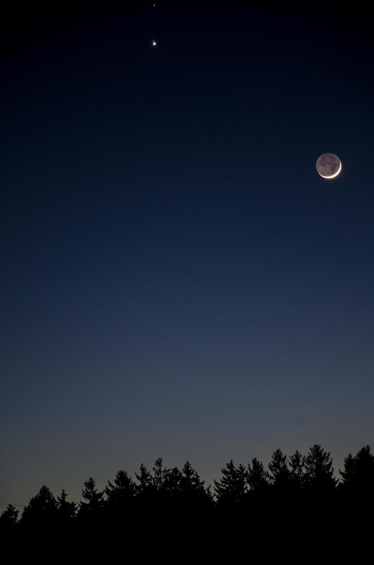 Moon, Venus, Mars by MisInvisible