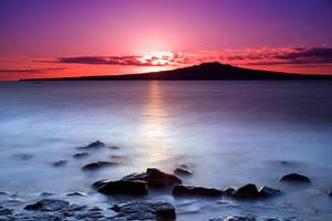 Rangitoto Dawn by chrisgin