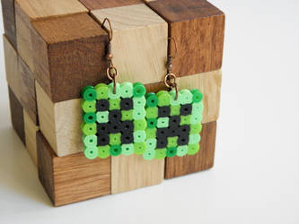 Minecraft Creeper Earrings by alexredford