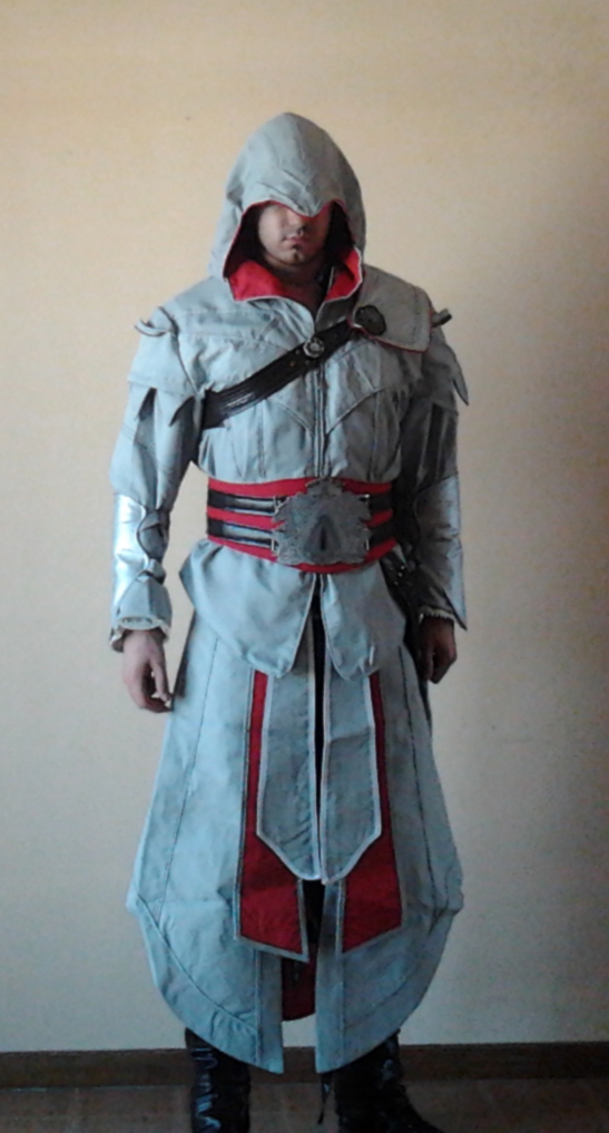 Assassin S Creed Brotherhood Ezio Auditore Cosplay By Clauditore