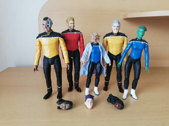 Star Trek: Lowe Decks - custom DST figures
