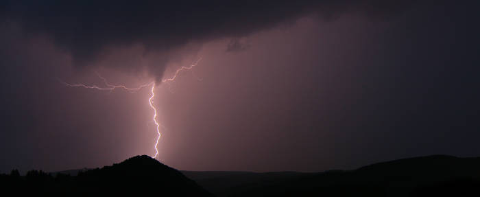 Lightning is a dancer