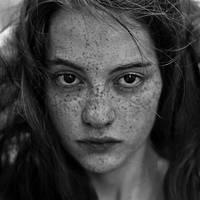 Yana. by moumine