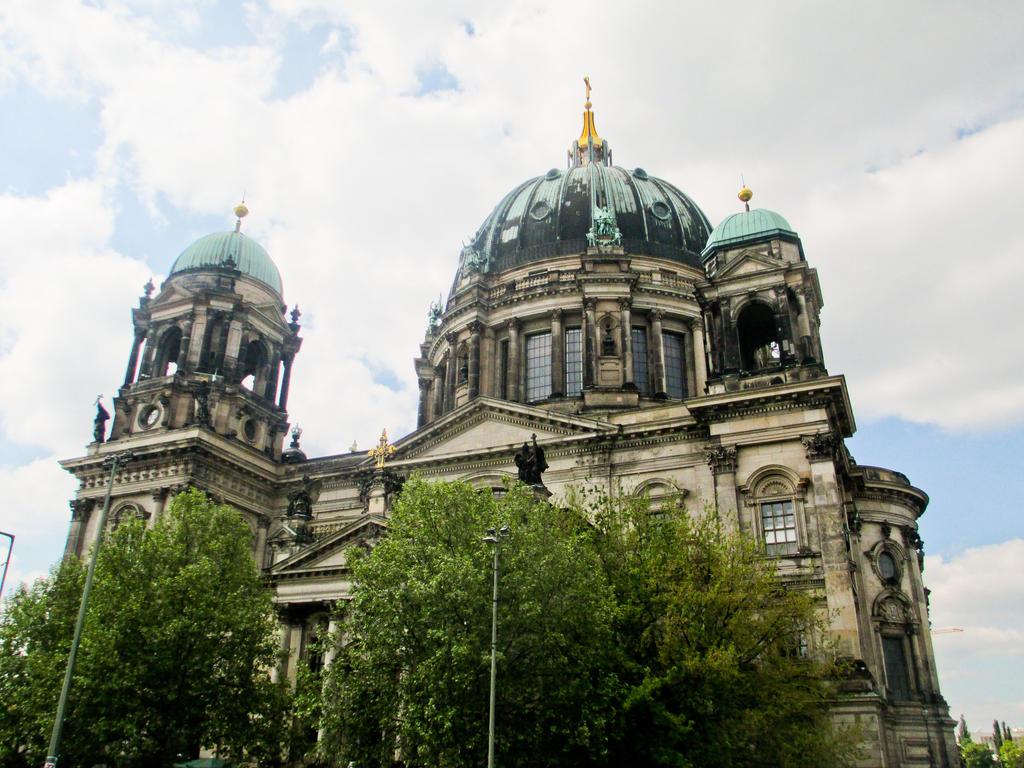 Berlijn05  2014-6 by LuckyTenshi
