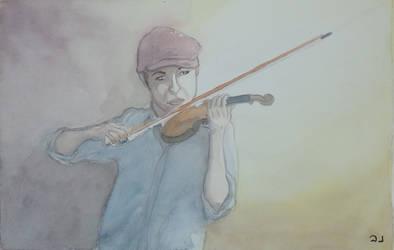 Violonist with bordeau cap