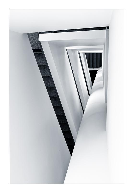 Triangle by GoranDA
