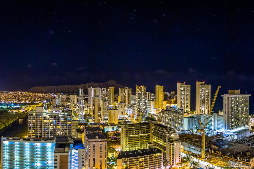 Honolulu Nights by AndrewShoemaker
