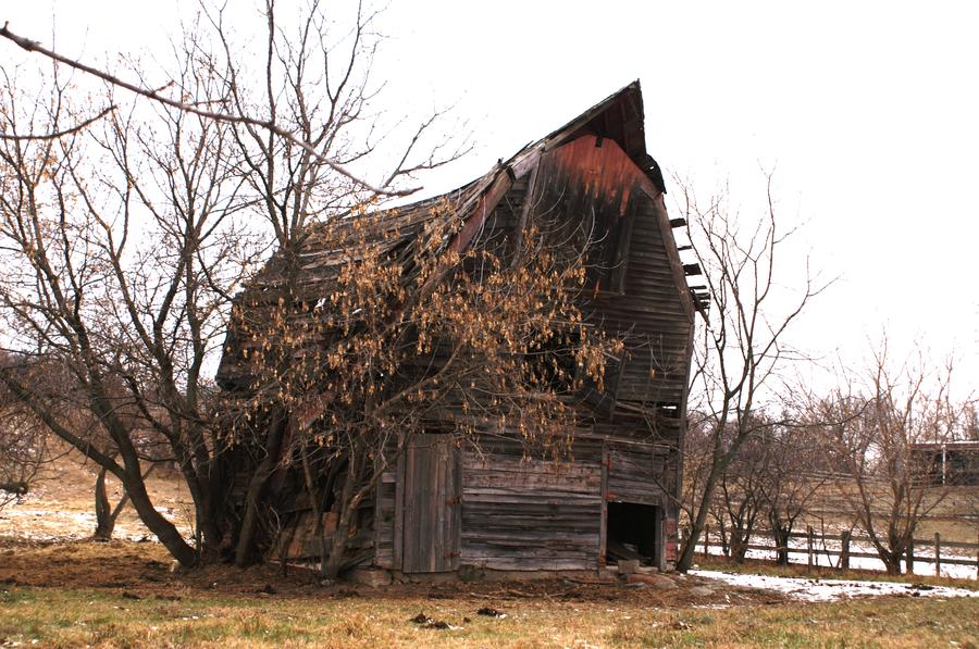 old barn by JasonTheStranger