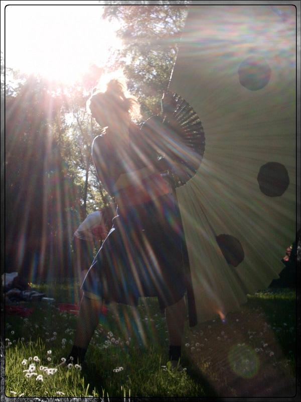 Under the Sunlight by KikoBuntstift