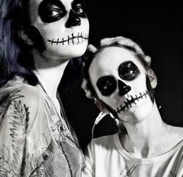 Living dead girls