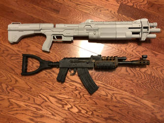 Rust Assault Rifle And Halo M45 by Lasrig