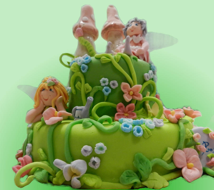 Fairy cake by rosecake