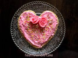 Heart Crumble Cake - Strawberry