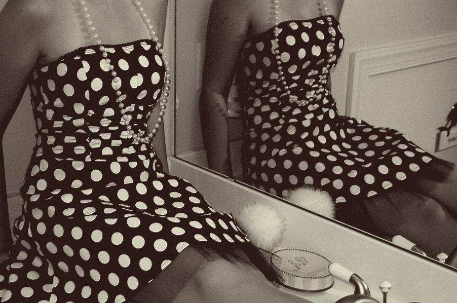 Polka Dots Is All I See by FL1GHT on DeviantArt