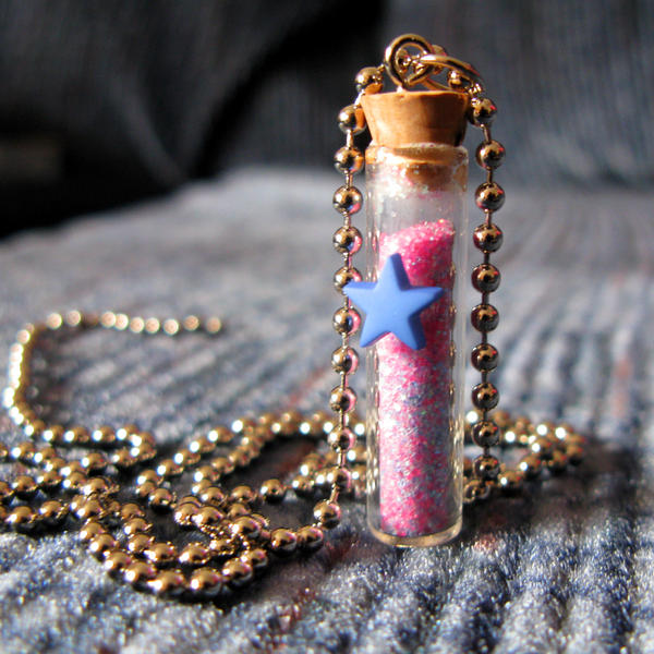 Star Jar Necklace Pink Blue by wickedland