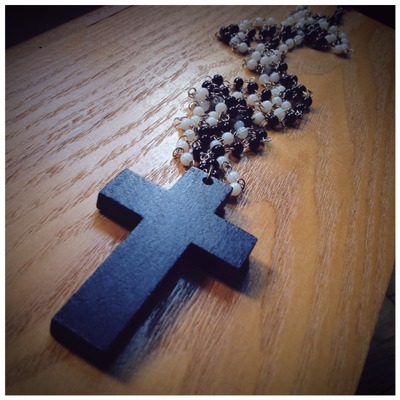 WOLF CRAFT Crucifix and Beads by wickedland