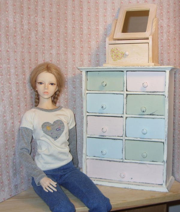 Shabby chic doll furniture by Jany1982
