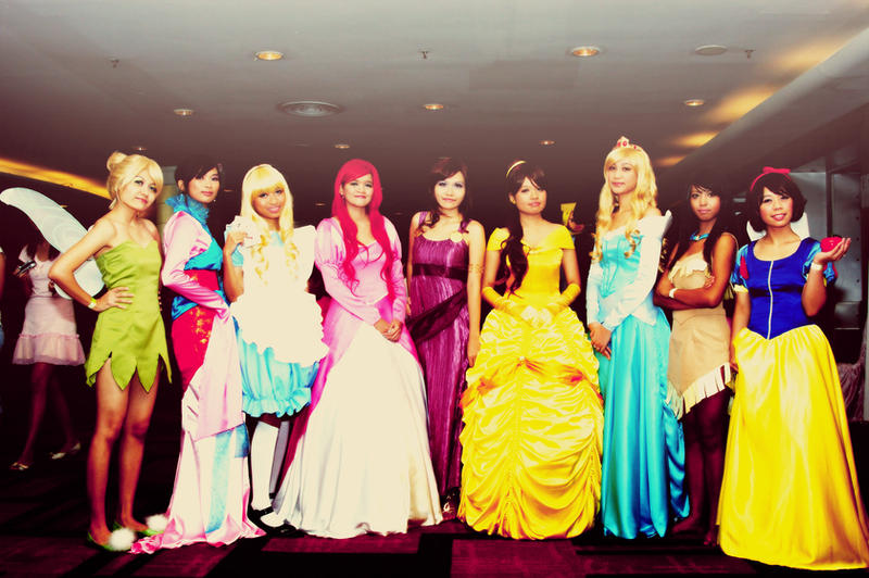 Disney Girls Cosplay by tabeck