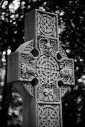 Celtic Cross by robertllynch