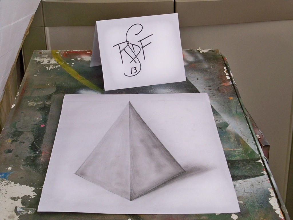 how to draw a 3d pyramid