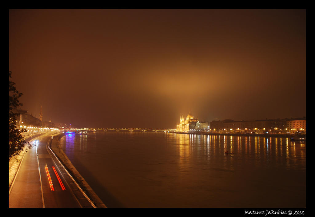 Budapest by night by ballzenator