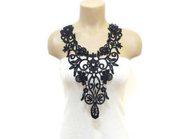 CROCHET LACE NECKLACE by HAREMDESIGN