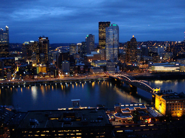 Pittsburgh Desktop Wallpaper Skyline: Pittsburgh Skyline By Irishelysia On DeviantArt